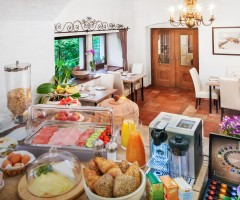 Enjoy Your breakfast in our exclusive B&B in the City of Salzburg, Austria